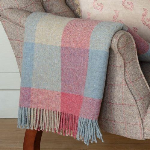 bt014-shetland-throw-duck-egg-rose-harlequin-_bl3731_-1200