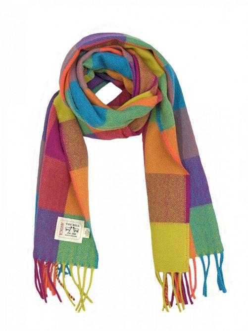 scarf circus