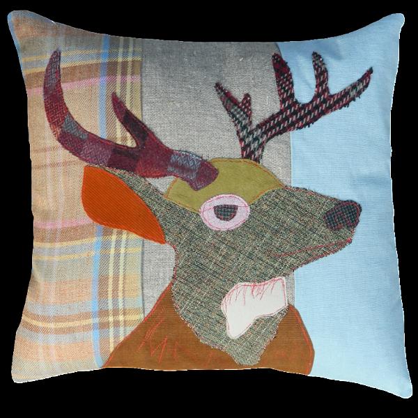 Stag-Cushion-by-Carola-van-Dyke-600×600