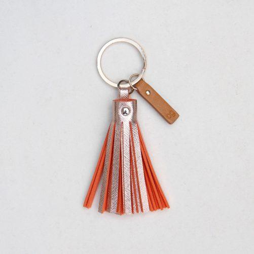 caroline-gardner_rose-tinted-tassel-keyring_accessory-gift-metallic_tsl003_1
